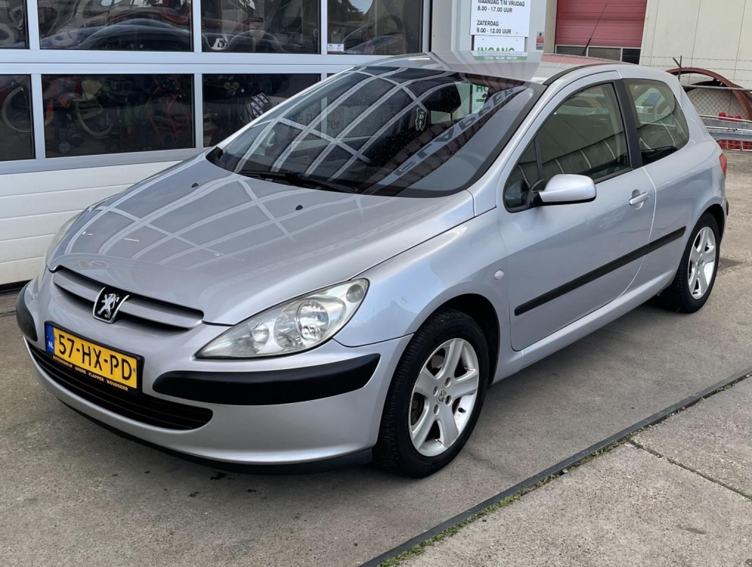 Peugeot-307-0
