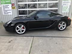 Porsche-Cayman-7