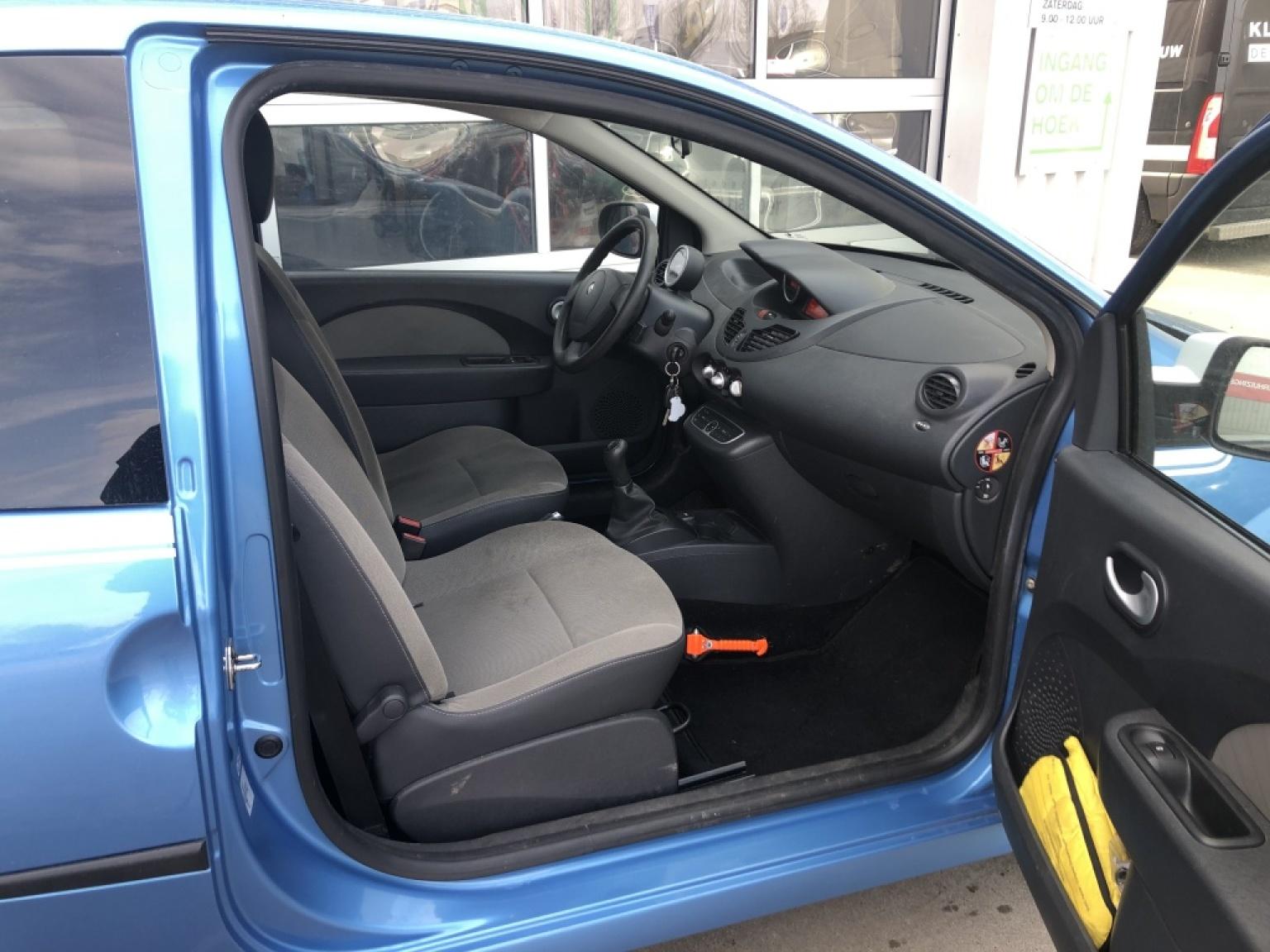 Renault-Twingo-7